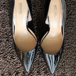 AUTHENTIC MICHAEL KORS HEELS. SIZE 8.
